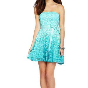 Ombre Mint Green Lace Jr. Party Dress Never Worn!